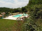 Villa plein sud (150m2), grand terrain, piscine fermée, toute équipée