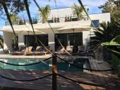 villabaronjuanlespins.fr magnifique villa californienne 5 minutes à pied des plages