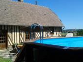 maison à colombage indépendante avec  panorama sur vallée et piscine privée pour 6 personnes