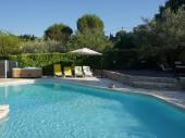 Villa avec jardin, piscine cloturée et Spa