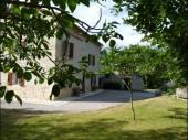 Maison indépendante, rénovée, sur 2 niveaux, typique du pays gaillacois, à 10 km de la Vallée du Tarn.
