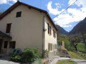 Maison indépendante dans village de montagne proche stations de ski et Andorre