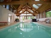 Gîte avec piscine intérieure chauffée pour 8 personnes