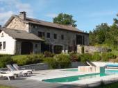 Demeure de 1850 entièrement rénovée avec piscine chauffée couverte