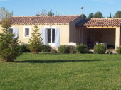 Maison indépendante avec piscine, en campagne, Bonnieux