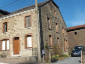 Ardenne: maison familiale près de Bouillon (12-15 p)
