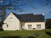 appart independant 1er etage maison individuelle,150m2 a5mn plage du Palus.