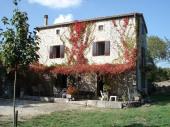 Maison indépendante avec jardin,( capacité d'accueil: jusqu'à 6 personnes)