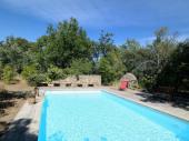Jolie maison en pierre, vue exceptionnelle avec piscine
