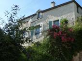 """""""Chez Betty"""" maison de charme en tuffeau à flanc de coteau avec vue sur Loire"""