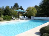 ROCHEFORT grande et lumineuse villa 4* + piscine privée et grand jardin