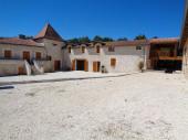 Grande demeure indépendante,  4 étoiles, 350m2, piscine chauffée, spa, 7 chambres, 7 salles de bain ou d'eau