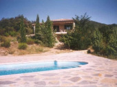 GARD, SOUDORGUES, Belle villa , 6 pesonnes, piscine privée dans magnifique environnement que sont les Cevennes !