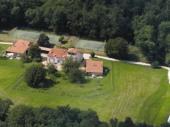 Domaine De Feuillade En Périgord avec Piscine chauffée et 2 Tennis privés