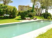 Château avec parc, grande piscine , hamam, billard, appartement en option