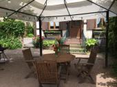 Gite Le jardin 4 à 5 pers dans belle maison alsacienne sur la route des vins.