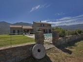 Villa tout confort avec piscine  sans vis à vis 4/12 personnes