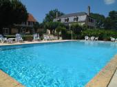 Au cœur de la campagne, une piscine privative, WIFI et à proximité des grands sites de  la Vallée de la Dordogne
