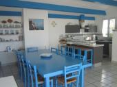 Villa rhétaise spacieuse entre le centre du village et le port de Loix idéale pour passer de belles vacances entre amis