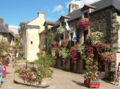 STUDIO à ROCHEFORT-en-TERRE- classé parmi les plus beaux villages de France- village préféré des Français 2016