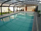 Gîte 8p piscine couverte spacieux et confortable