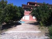 Location appartement F3 (bas de villa) calme sur  la Plaine de Peri 4 personnes dès 300 euros par semaine.