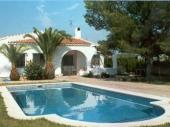 VILLA « BALAGUER » Belle villa indépendante et de plein pied. Villa située à Almetlla de Mar, 120 km au sud de Barcelone. Située à 15 km au sud de Miami Playa, l'Amettla de Mar est une station balnéairede sable, d'eaux cristallines et entourée de magnifiq