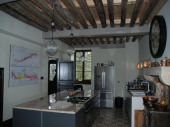 Maison de village viticole dans la Haute Côte de Beaune avec piscine