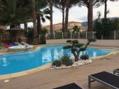 Appartement tout confort, piscine à partager entre Mer et montagne, Calme assuré,