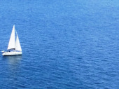 A 50 m de la mer , duplex, lieu calme et moderne