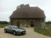 Entre la Bourgogne et la Franche Comté  ferme bressanne à Mouthier, calme garanti avec 5ha en pré , équipée 5 personnes