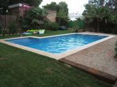 Villa située à 300m. de la plage, avec piscine privée, dans un environ calme HUTTE000408-55