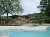 Toscane, Stia (Arezzo) très belle villa piscine privée, en position panoramique ! ping pong, jeux pour enfants, .. vacances relax et familiales !