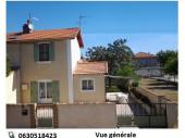 Maison de village à SALIN DE GIRAUD en Camargue  à 8 km de la mer