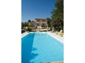 Villa avec piscine à Crillon le Brave