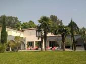 Grande propriété 19 personnes, 6 chambres, 6 Sdb, piscine chauffée, spa