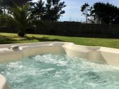 Superbe villa d Architecte avec piscine intérieure 5 étoiles ,Jacuzzi ,Hammam