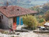 Gites des Esselards, Yzeron, campagne, 29 km de Lyon, de 2 à 15 personnes