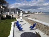 Maison de charme en bord de plage abritée.capacité 12 personnes.