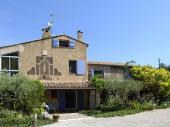 Appartement en rez de jardin proche d'un domaine viticole