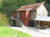 Gîte tout confort aux abords de la rivière Aveyron