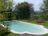 Villa très calme face au Lubéron avec piscine privée et grand jardin a proximité Roussillon pour 4 personnes