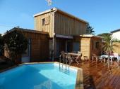 Maison avec piscine chauffée, plage et commerces à pied
