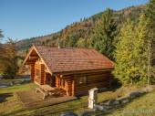 Les Vosges, superbe Chalet rondins de standing 810 personnes, 130m², 4 ch, 2 salles de bain, calme, terrasse avec barbecue