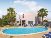 Villa PTA-ROB016 - Cette spacieuse villa traditionnelle est située dans un quartier résidentiel calme, à distance de marche de l'une des plus belles plages de l'Algarve.