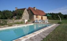 Location fermette avec piscine en Périgord noir