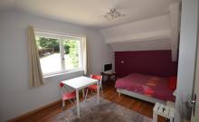 l'INTERMEDE appartement vacances neuf tout équipé pour 2 à 4 personnes au coeur de la forêt vosgienne.