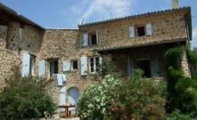 Gite en Ardèche dans un beau mas provençal pour 8 a 10 personnes