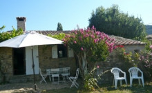 Gîte en Ardèche Méridionale. Charme et caractère.