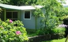 Chalets 68 personnes - Le confort en pleine nature ! - Chalet tout équipé de 3 chambres de 6 à 8 personnes.